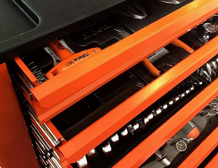 Promo Cassettiera Beta Easy C24E/VI per l'industria, completa di 182 utensili. Online a soli 696,00 €