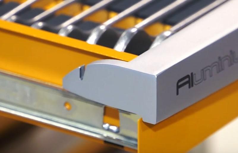 Sistema di apertura cassetti facile e robusto