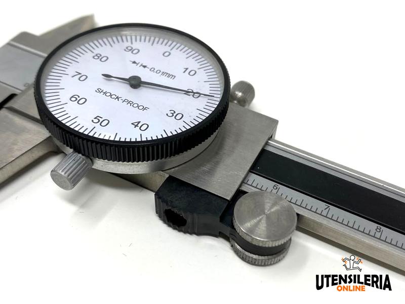 Dettaglio orologio Calibro centesimale a corsoio COD21S 200mm