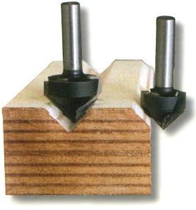 dettaglio solco con fresa legno a V HW Klein