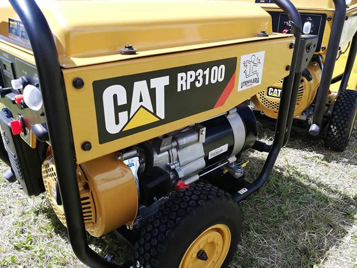 generatore portatile CAT RP3100 in esterno