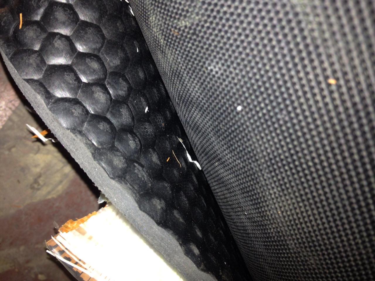 Lastra gomma tappeto per rampe carrelli trasporto cavalli 6.5mm - Vendita Ferramenta
